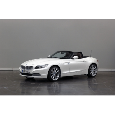 2011 BMW Z4, Twin Turbo, it's the way this roadster effortlessly negotiates straights and bends that makes it truly like no other